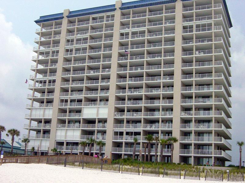 Bluewater-condominium-01
