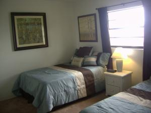 Court-Of-Palms-vacation-rental-2-bedroom-6