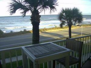 Court-of-palms-vacation-rental-5