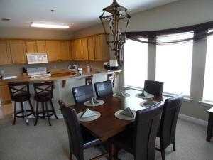 Wolf-Bay-Landing-condo-vaction-rentals-3bedroom-00