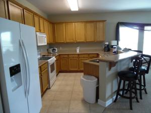 Wolf-Bay-Landing-condo-vaction-rentals-3bedroom-01