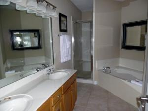 Wolf-Bay-Landing-condo-vaction-rentals-3bedroom-09